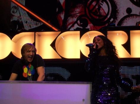 David_Guetta_and_Kelly_Rowland_Live_-_Orange_Rockcorps_London_2009